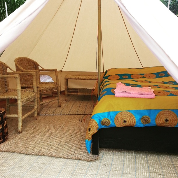 INZU Lodge intérieur tente